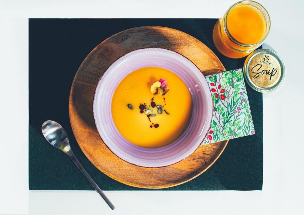 Karotten-Kürbissuppe mit Limettenblättern 500ml